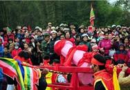 """Tranh cãi về hình thù """"của quý"""" được rước tại Lạng Sơn: """"Ai ngạc nhiên là thiếu hiểu biết văn hoá"""""""