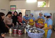 Hải Phòng: Một cơ sở nấu ăn cho công nhân bị dừng hoạt động