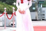 Nhã Phương được báo chí Hàn Quốc khen ngợi bởi vẻ đẹp quyến rũ