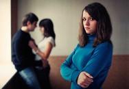 Biết chồng ngoại tình với đồng nghiệp, tôi làm sao để kéo chồng về?