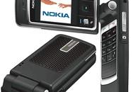 Điện thoại nắp gập trở lại thị trường