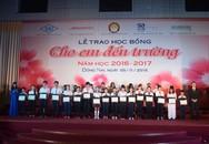 Công ty Ajinomoto Việt Nam đồng cùng trẻ em nghèo vượt khó