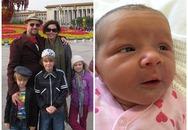 Cặp vợ chồng mất 3 con trong vụ MH17 hạnh phúc chào đón bé gái mới