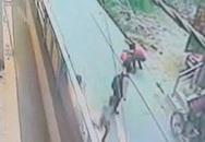 Thiếu nữ bị đâm hơn 20 nhát vì từ chối tình yêu