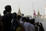 Thái Lan để tang Quốc vương thế nào?