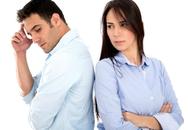 Chứng kiến vợ ngủ với đàn ông khác, vẫn phải chịu đựng vì con?