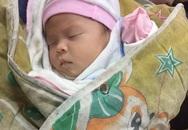Bé sơ sinh nặng 4,2 kg bị bỏ rơi gần cổng chùa