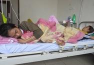 Hơn 100 người nhập viện sau ăn bánh mì