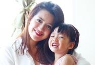 Nữ tiếp viên hàng không xinh đẹp bỏ mức lương 40 triệu về mở nhà hàng chay vì con gái