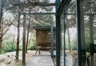 Ngôi nhà gỗ cách trung tâm Hà Nội 30km đẹp như bước ra từ phim Chạng Vạng