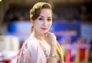 Khánh Thi khoe khéo đồng hồ 500 triệu Phan Hiển tặng