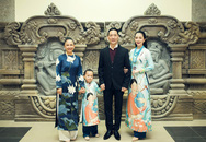 Linh Nga cùng bố mẹ và con gái dự sự kiện ở Đà Nẵng