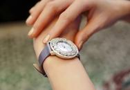 Diễm My 9X đeo đồng hồ 1,3 tỷ đi xem phim