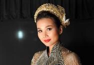 Thanh Hằng mang 50 lượng vàng ròng lên sân khấu