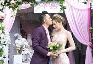 Diễn viên Thiên Bảo hôn vợ kém 16 tuổi trong lễ vu quy