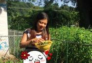 Rau trái 'khủng' trong vườn nhà Phạm Thanh Thảo ở Mỹ
