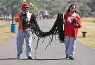 Người phụ nữ tóc dài gần 17m kết hôn