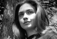 Những hình ảnh tuổi trẻ xinh đẹp của bà Hillary Clinton