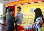 Tặng huân chương Dũng cảm cho tài xế Phan Văn Bắc