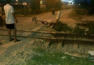 Bị tàu tông chết khi đạp xe qua đường sắt