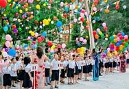 Sân trường rợp cờ hoa trong ngày khai giảng năm học mới