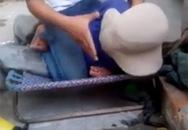 Mới xuất hiện video nam thanh niên hành hạ mắng chửi người lớn tuổi chỉ vì 10 nghìn đồng
