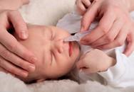Có nên rửa mũi hàng ngày cho bé?