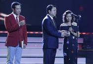 Vợ Trần Lập bật khóc khi chồng được tôn vinh ở VTV Awards