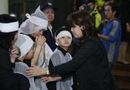 Nghẹn đắng giọt nước mắt của vợ Trần Lập khi chồng nhập quan