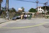Xe ba gác chở tôn đâm cột điện, tài xế tử vong tại chỗ