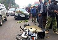 Xe hoa đón dâu tông xe máy văng 5 m