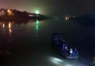 Yên Bái: Lùi ô tô rơi xuống sông, hai cán bộ bệnh viện tử vong