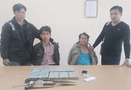 Hai kẻ 'ôm' 10 bánh heroin điên cuồng chống trả cảnh sát