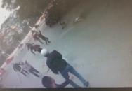 Hà Nội: 2 nhóm thanh niên hỗn chiến trên phố Trần Đại Nghĩa