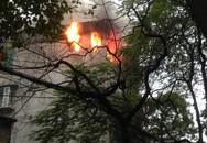 Hà Nội: Cháy dữ dội tại khu nhà chứa phụ tùng ô tô
