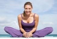 """6 động tác yoga tốt cho """"chuyện ấy"""""""