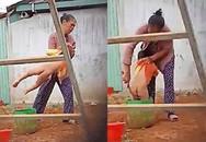 Lý do bé trai 2 tuổi bị người phụ nữ dùng vật nhọn chọc vào vùng kín là do đi ngoài nhiều lần?
