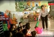 Bức xúc clip bảo mẫu nhà trẻ tư thục bạo hành hàng chục trẻ nhỏ dã man, dùng tay tát thẳng liên tục vào mặt