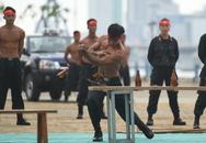 Mãn nhãn với các màn võ thuật và phương tiện hiện đại trong ngày xuất quân, diễn tập bảo vệ APEC
