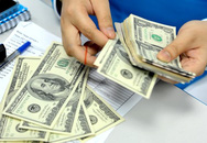 Giá đôla ngân hàng tăng mạnh, đắt bằng 'chợ đen'