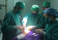 Khen thưởng đột xuất 4 cán bộ y tế tỉnh Quảng Ninh cứu người