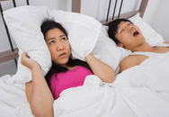Oái oăm ly thân chỉ vì chồng... ngủ ngáy như sấm