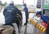 Đại gia Nhật Bản mở cây xăng đầu tiên ở Việt Nam gây sốt: Bán xăng chính xác tới 0,01 lít, lau kính ô tô miễn phí, nhân viên cúi gập người chào