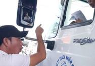 Vợ người đe dọa tài xế ở BOT Cai Lậy ôm con khóc lo cho chồng