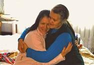 39 năm thất lạc con gái ruột, người mẹ hối hận vì không tin lời hàng xóm