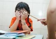 Cô giáo bị tố dùng thước đánh khiến học sinh phải nhập viện