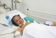 Người phụ nữ nằm liệt giường vì tai nạn trên đường đi làm nuôi chồng con ốm yếu