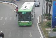 Hà Nội vắng vẻ dịp nghỉ Tết dương lịch, xe buýt nhanh đã... chạy nhanh!