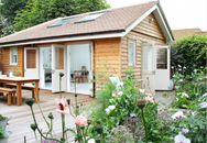 Ngôi nhà vườn đẹp lãng mạn như một bức tranh đồng quê