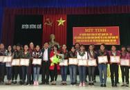 Hương Khê, Hà Tĩnh: Biểu dương gia đình sinh hai con một bề là gái